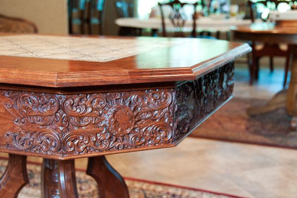 tablecorner_closeup