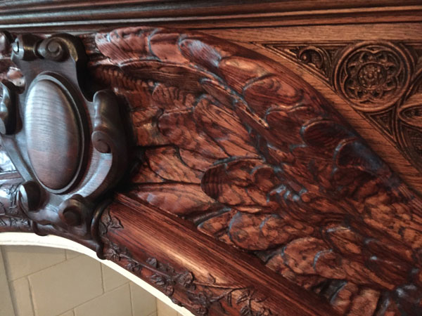 Fireplace_closeup1