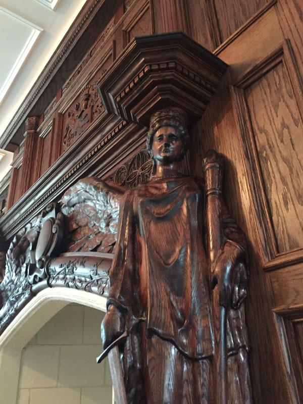 statue_closeup1