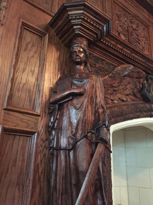 statue_closeup4