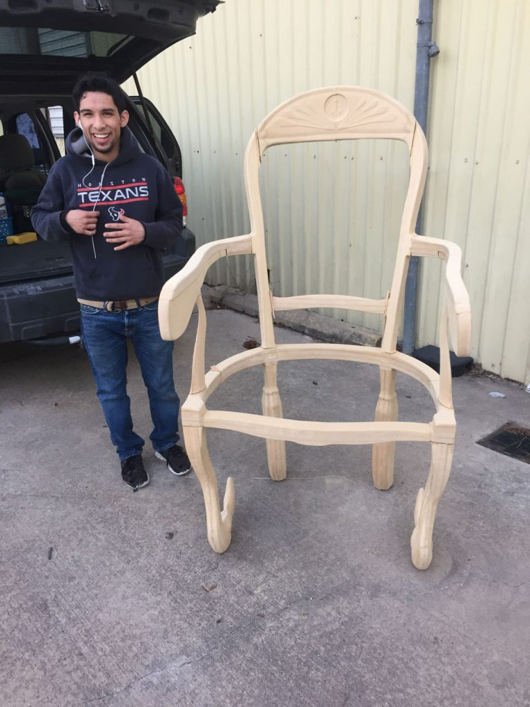 chair_victor