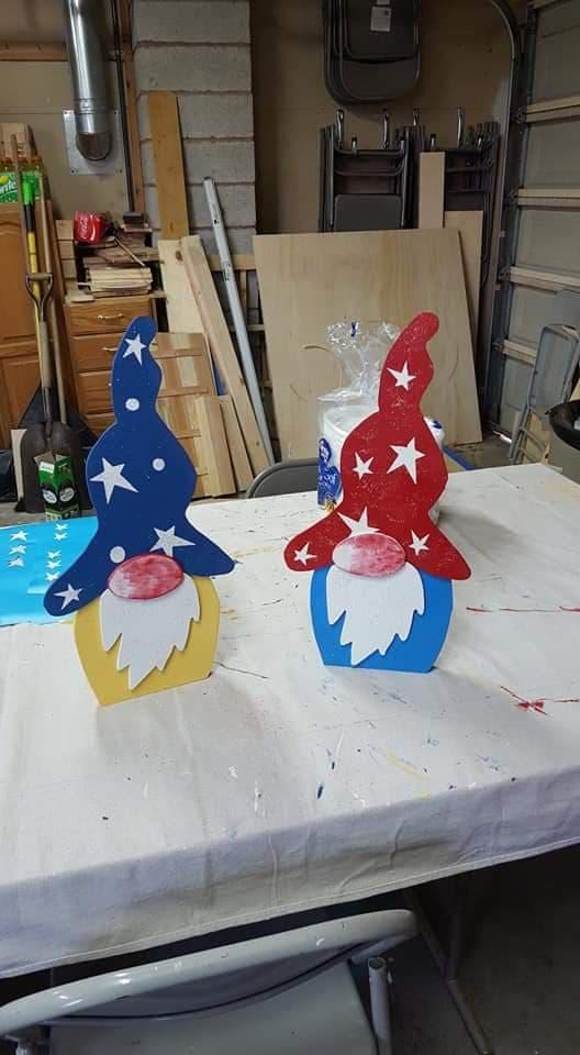 Glenda Edwards CarveWright gnomes